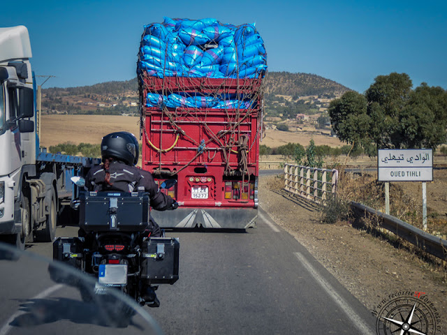 camión sobrecargado