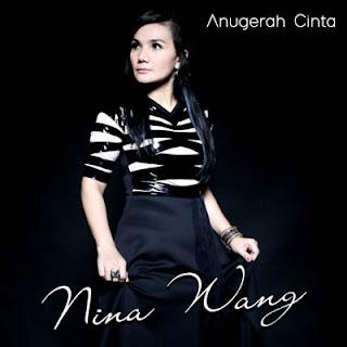 Lirik Lagu Nina Wang - Salah Mencintai