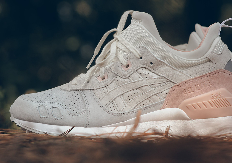 """e0c7cc7124ff The ASICS GEL-Lyte MT arrives this fall in a tasty new """"Strawberries    Cream"""" colorway. Actually seeming contrary to the modified GEL-Lyte III s  rugged ..."""