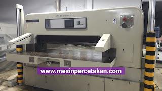 Mesin Potong Kertas POLAR 155 EMC