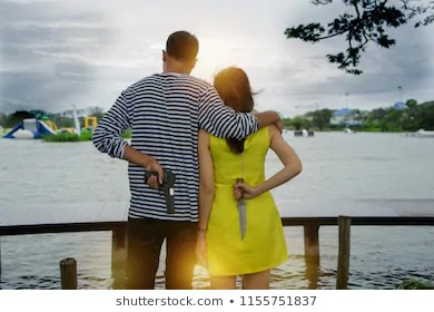 HOW TO DIFFERENTIATE BETWEEN TRUE LOVE & FAKE LOVE BY LOVETADKA