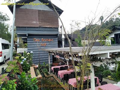 Tiny Boutique Cafe, piza kayu api di Cameron Highlands