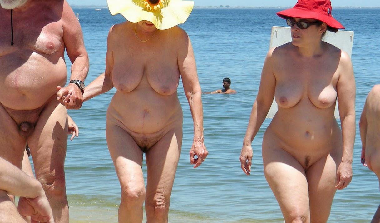 Family at nude beach phrase