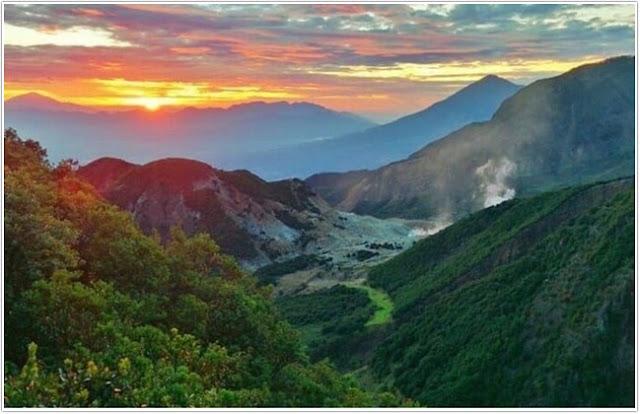 Wisata Gunung Kelud;10 Top Destinasi Wisata Kediri