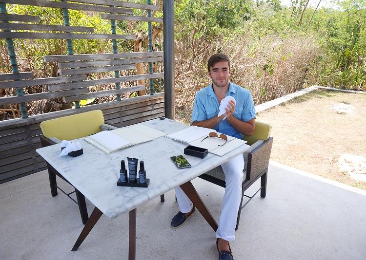 Euriental | fashion & luxury travel | Alila Villas Uluwatu, private cabana at The Warung