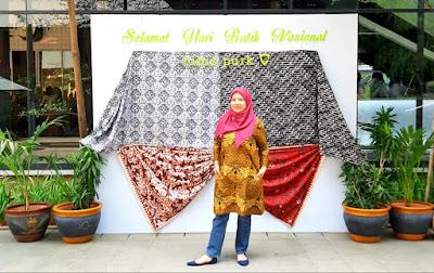memperingati hari batik nasional di cibis park cibis batik festival pesona batik nusantara nurul sufitri blogger travel culinary lifestyle review pameran event