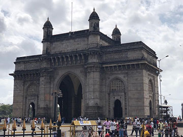 The Gateway to India, built in Mumbai to celebrate King George's visit to India in 1911 (Source: Palmia Observatory)