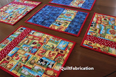 animal place mats by QuiltFabrication
