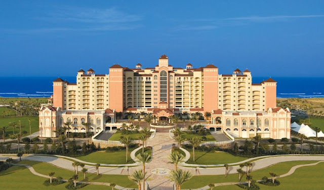 Escape to Hammock Beach Resort, a luxury vacation resort in Palm Coast, Daytona Beach, Florida with golf courses, kids recreation programs, restaurants and luxury spa services.