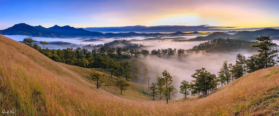 Sương, mây bồng bềnh trôi sau những cơn mưa dai của tháng 9 Đà Lạt - Ảnh: Quý Trần