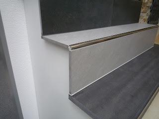 wir bauen in remagen treppe fliesen. Black Bedroom Furniture Sets. Home Design Ideas