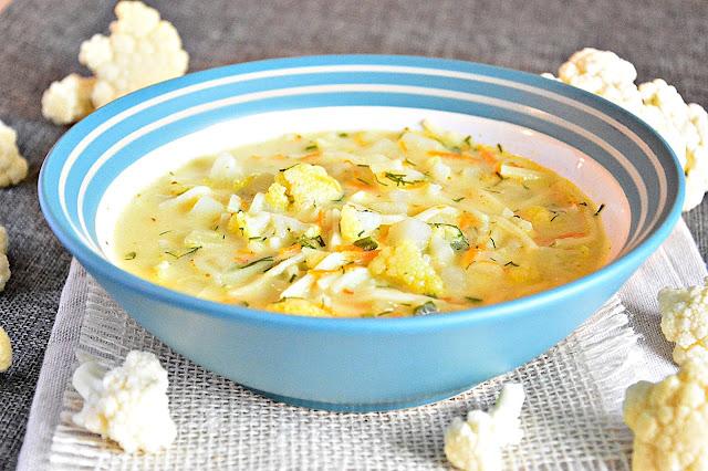 pyszna zupa kalafiorowa