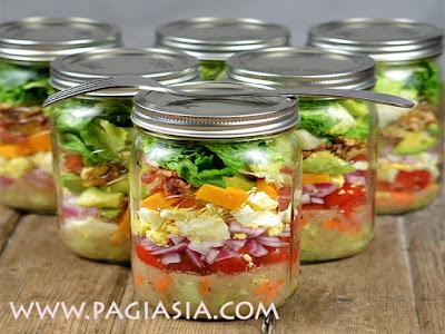 Mason Jar Bisa Digunakan menjadi Wadah Bahan Makanan Kering dan Alat Dapur