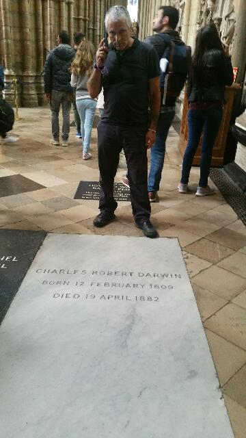 Photo of Simon Brown at Charles Darwin's grave.