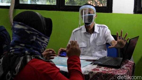 Siswa Kecewa, Sudah Belajar Keras tapi Tersingkir di PPDB DKI karena Usia