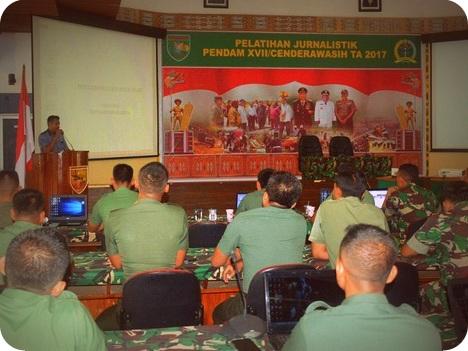 Pendam Cenderawasih Gelar Pelatihan Jurnalistik