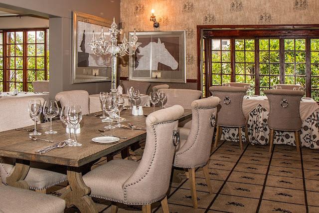 تصميم غرفة الطعام المناسبة لمنزلك
