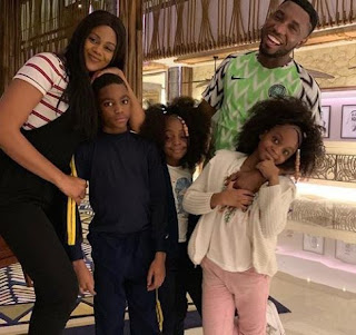 Timi Dakolo And His Family Jet Out To Dubai For Vacation (Photos)
