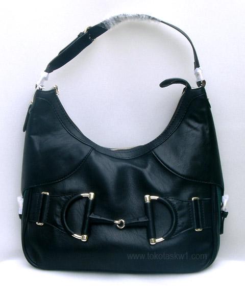 Kode  Tas Branded Gucci Heritage Hobo Hitam Semi Super Harga Rp. 600.000.  Lengkap dengan dusty bag dan sertifikat. Sold Out - Terjual d39322e867