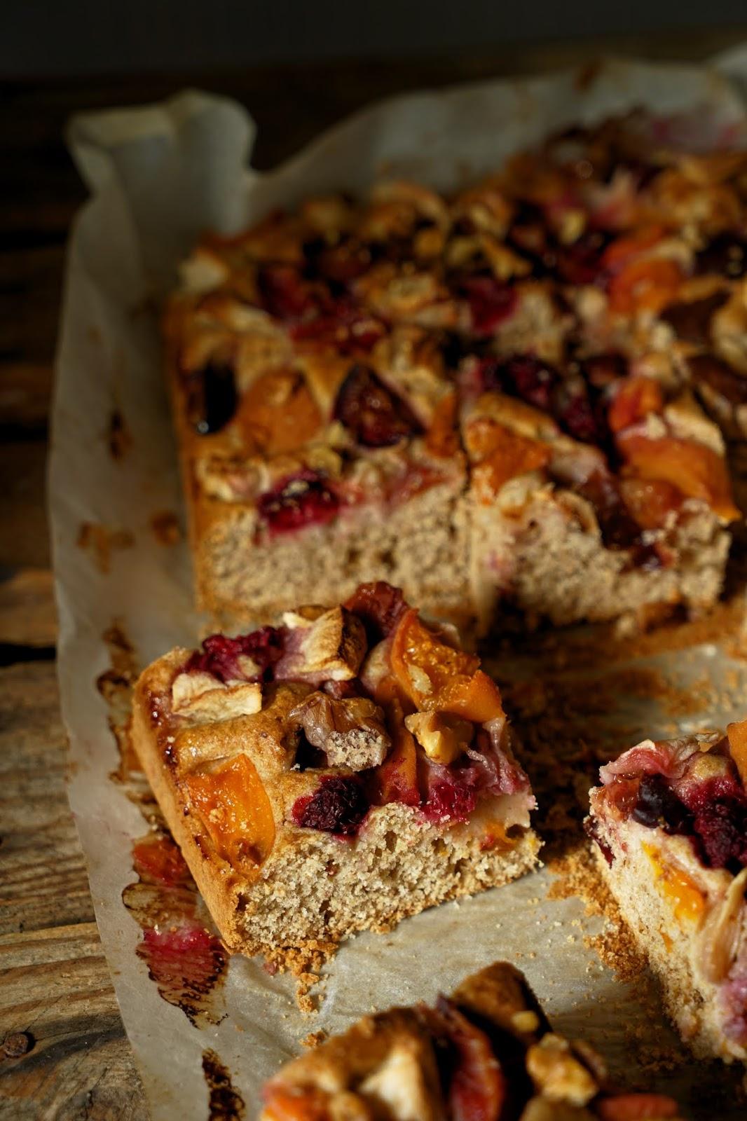 Ciasto z mąki pszennej pełnoziarnistej