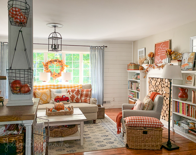 Fall decor in cottage style home with open floor plan - www.goldenboysandme.com