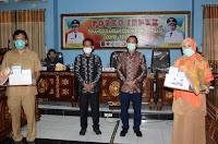Walikota Serahkan APD Lengkap untuk RSUD Kobi dan PKM