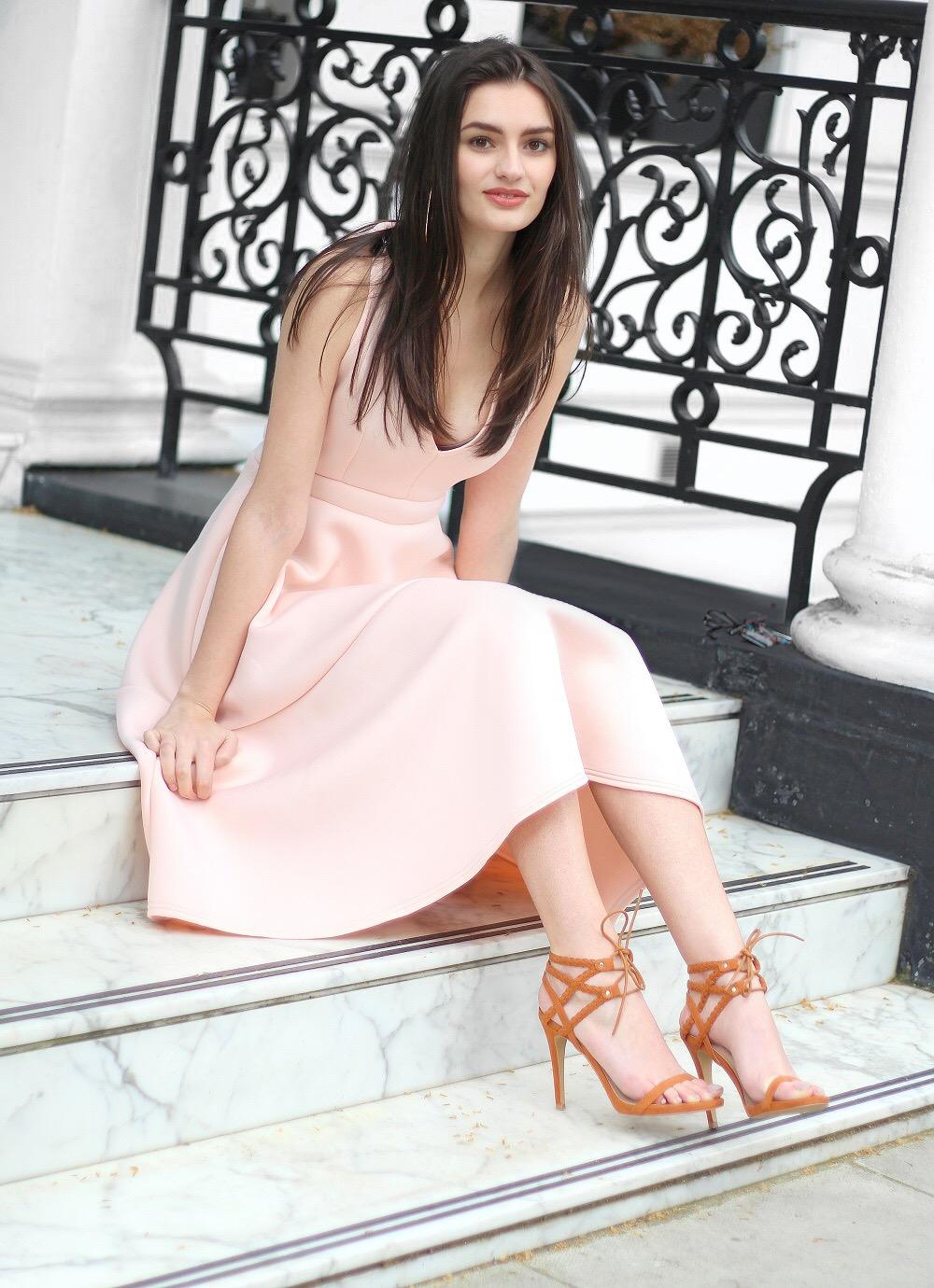 boohoo prom queen peexo blogger