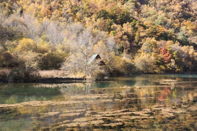 The picturesque paradise, secluded from the earth in China