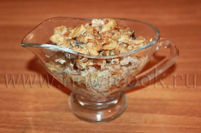 рецепт куриных шашлычков в беконе с грибным соусом с пошаговыми фото