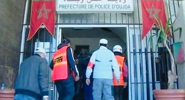 أمن وجدة يلقي القبض على 5 أشخاص من بينهم مواطنان جزائريان في مجال الترويج الدولي للمخدرات..قراو التفاصيل⇓⇓⇓