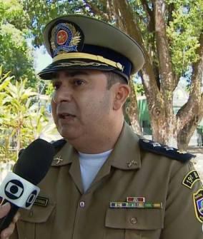 Resultado de imagem para imagens do comandante do 24 bpm de pernambuco coronel aleixo