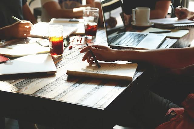 9 Pekerjaan Sampingan Yang Cocok Untuk Mahasiswa