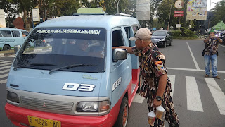 GM FKPPI, Laskar Macan Ali Dan Lintas Alumni Bagi - Bagi Tajil
