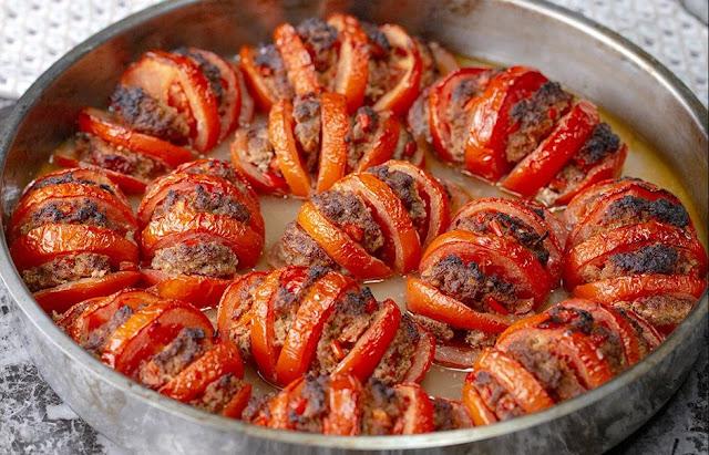 Запеченные фаршированные помидоры: просто, вкусно, красиво
