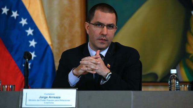 """Venezuela arremete contra ACNUR por """"mentir"""" sobre migración"""