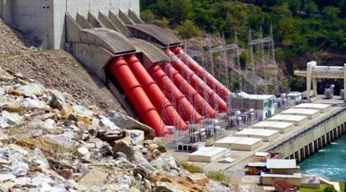 adakah pembangkit listrik tenaga air di daerahmu