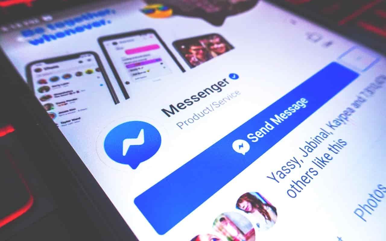 menghapus pesan facebook dengan cepat