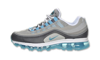 30b1c055412055 Yesterday we featured the Nike Air Max Jr. in a white Chlorine Blue  colorway. Today we showcase the Air Max 24-7 also featuring chlorine blue.