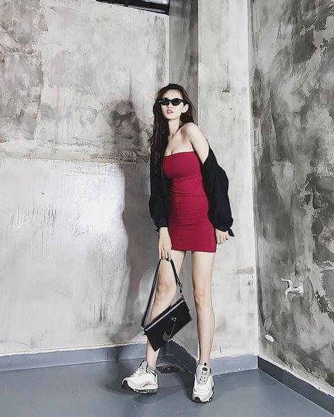Váy ngắn u30
