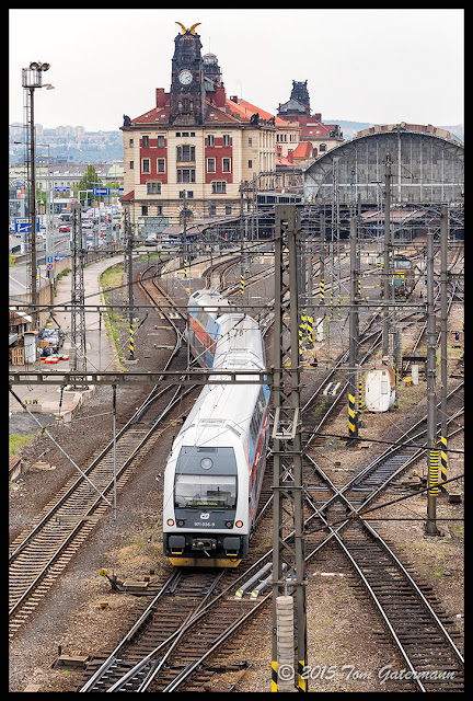 A Czech Railways CityElefant passenger train arrives at Prague's main train station.
