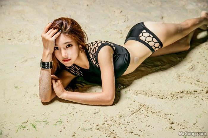 Image Park-Jung-Yoon-MrCong.com-018 in post Mê mẩn với bộ sưu tập thời trang biển siêu sexy của người đẹp Park Jung Yoon (527 ảnh)