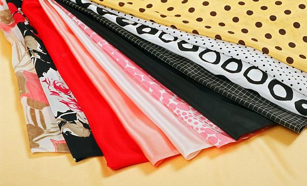 darmowe próbki zasłon, firan, rolet, pościeli, dywanów, materiałów