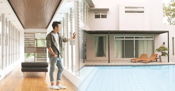 Take a look at jericho rosales 39 beach like retro for 1950s minimalist house