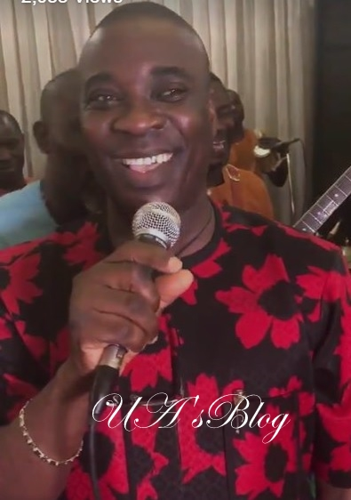 Presidency hails Musician for using Buhari's name to sing