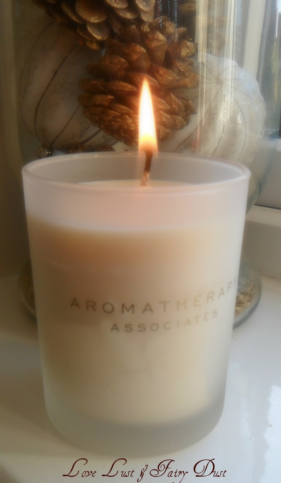 candle from aromatherapy associates
