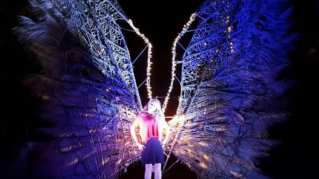 Eu na Festa das luzes em Uaná Etê 📷 Lilian Azevedo