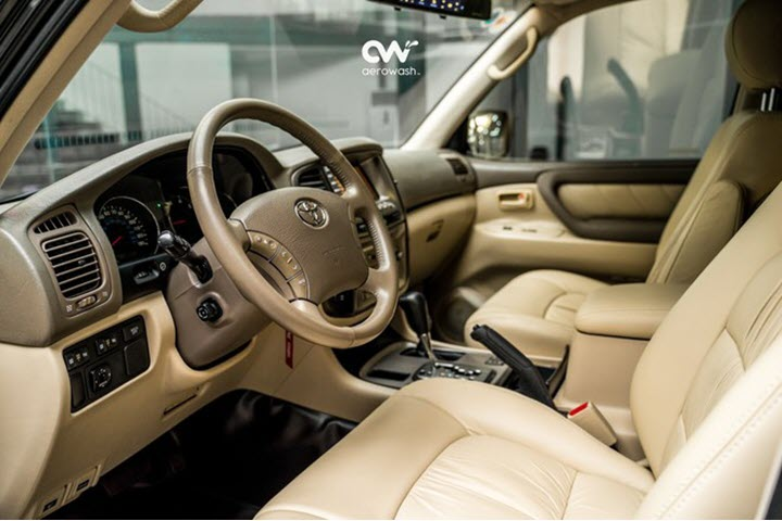Toyota Land Cruiser 2002 số tự động, máy V8 tại Việt Nam