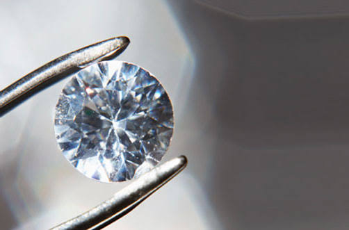 Cenizas-diamantes-2019-muertos-joyas