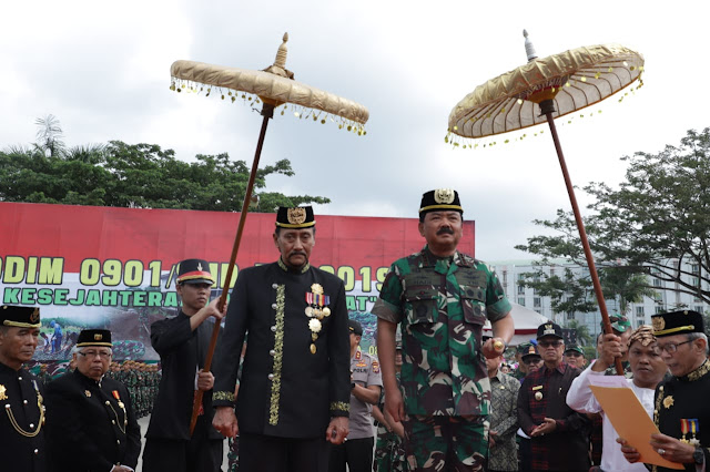 Panglima TNI Terima Gelar Pangeran Wira Ambara