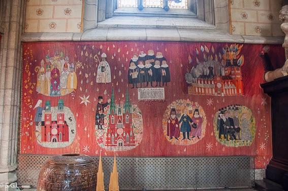 Telar sobre la construccion de la catedral de Uppsala. Visitando Suecia: Un dia en Uppsala